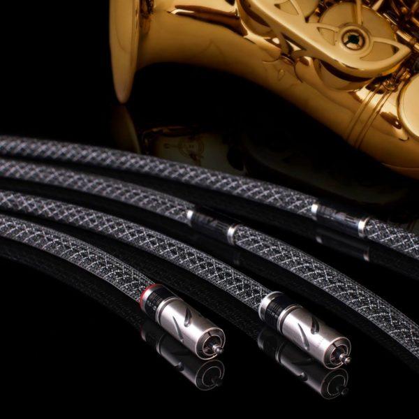 ALBEDO Silver Solid RCA kábel