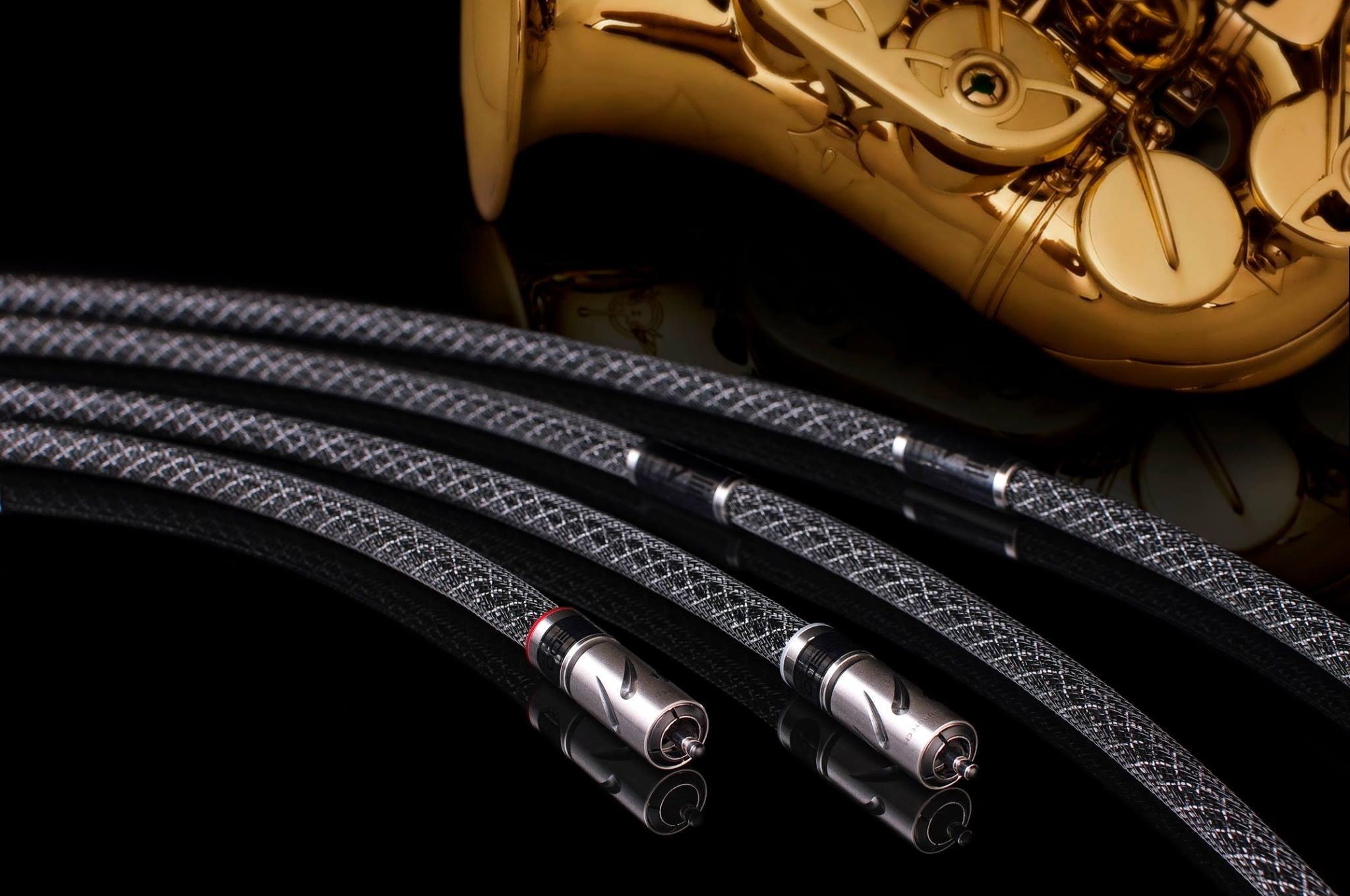 Albedo Silver Solid High-End RCA Kábel