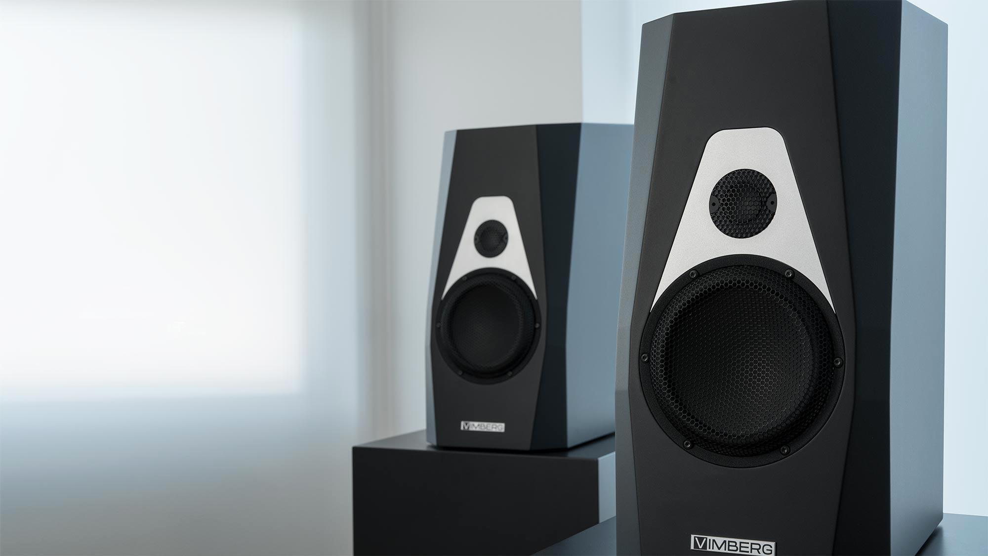 Vimberg Amea High-End állványos hangsugárzó, fekete színben