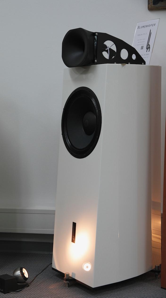 Blumenhofer Genuin FS2 High-End Hangfal fehér színben