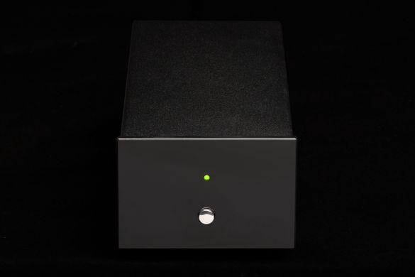 PEAR AUDIO Basic Power tápegység